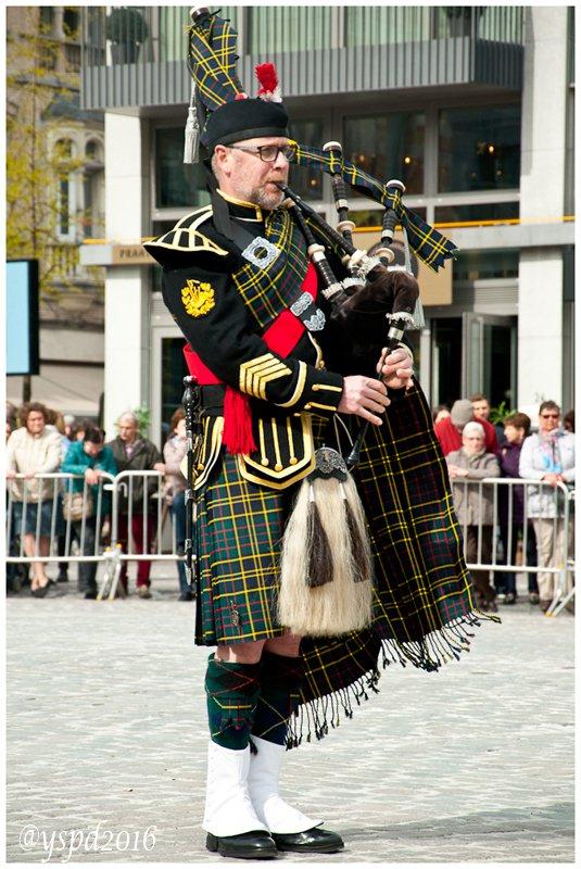 Uniform: Militaire Dresscode